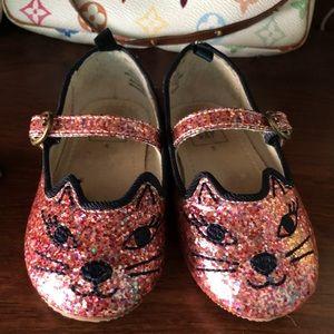 Toddler gap shoes